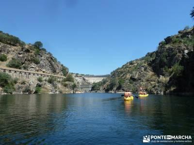 Piragua El Atazar;rutas madrid senderismo viajes alternativos baratos senderismo y montaña